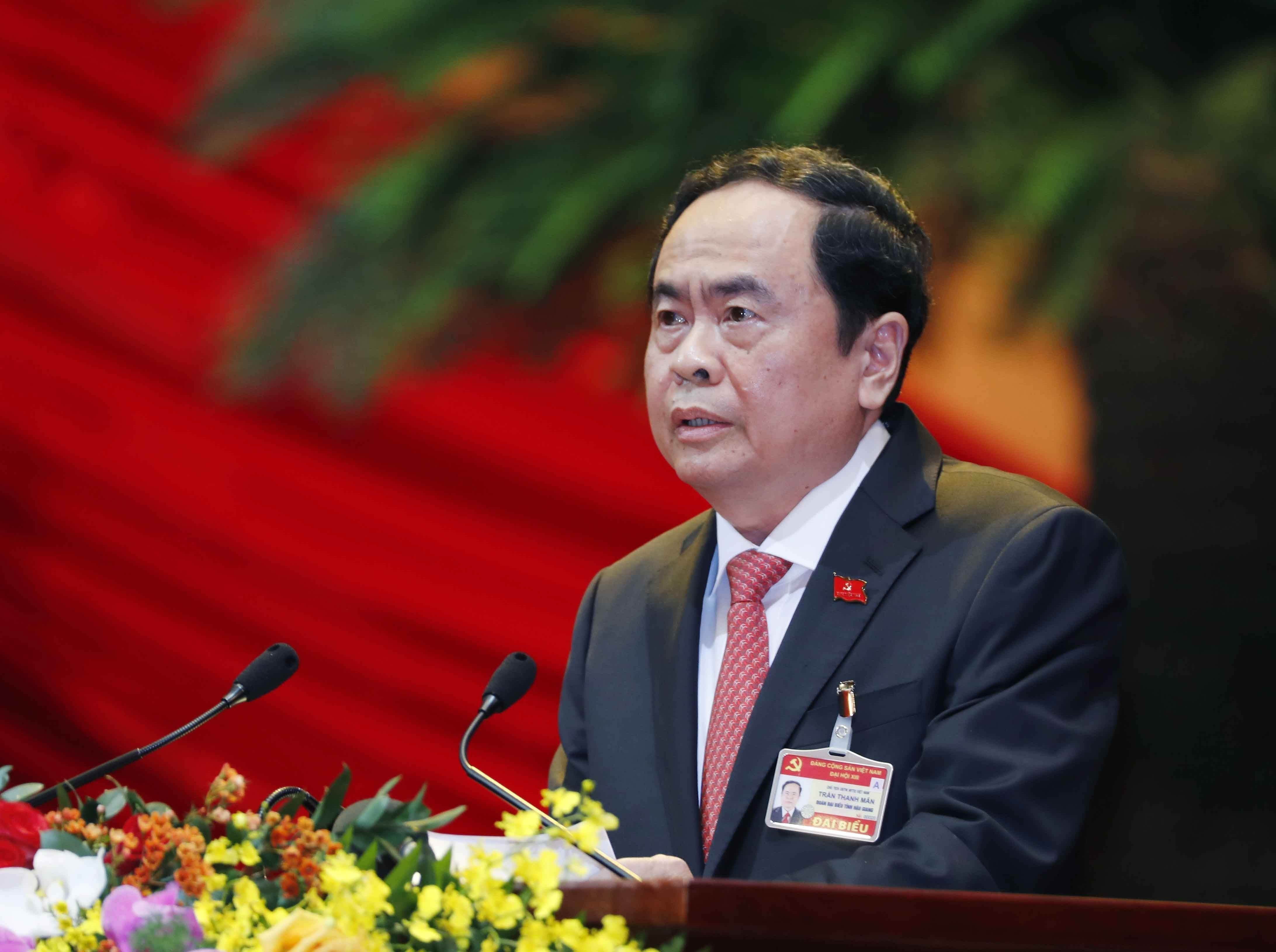 Delegates present discourses on congress's third working day hinh anh 8