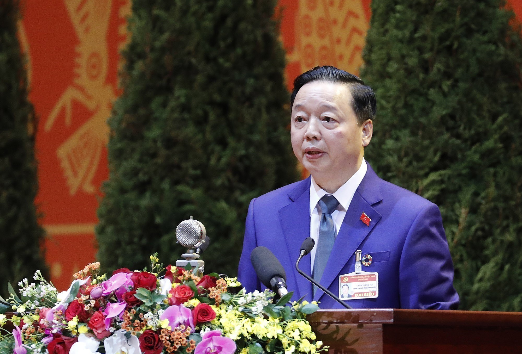 Congress continues discussion on draft documents hinh anh 10