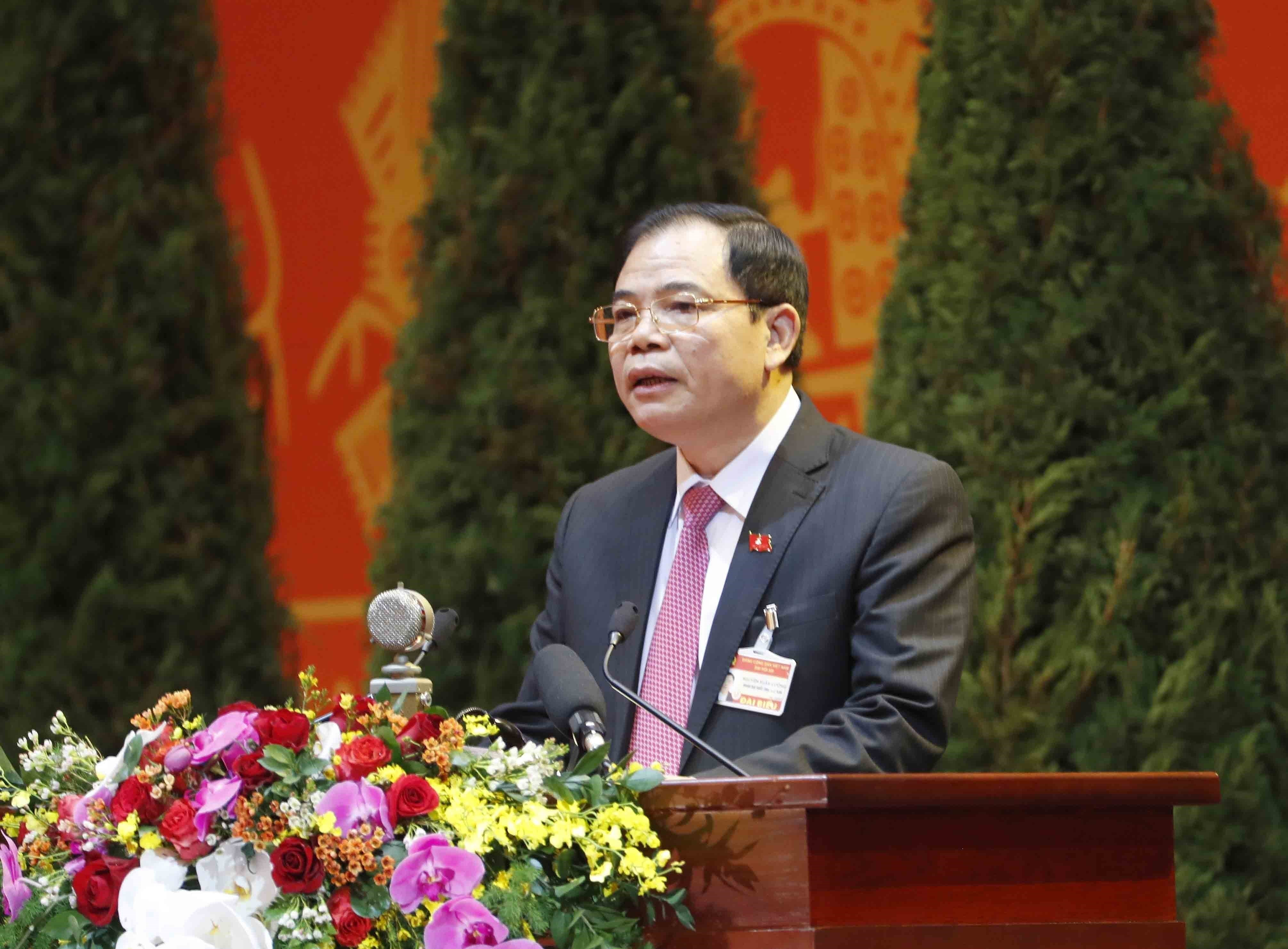 Congress continues discussion on draft documents hinh anh 7