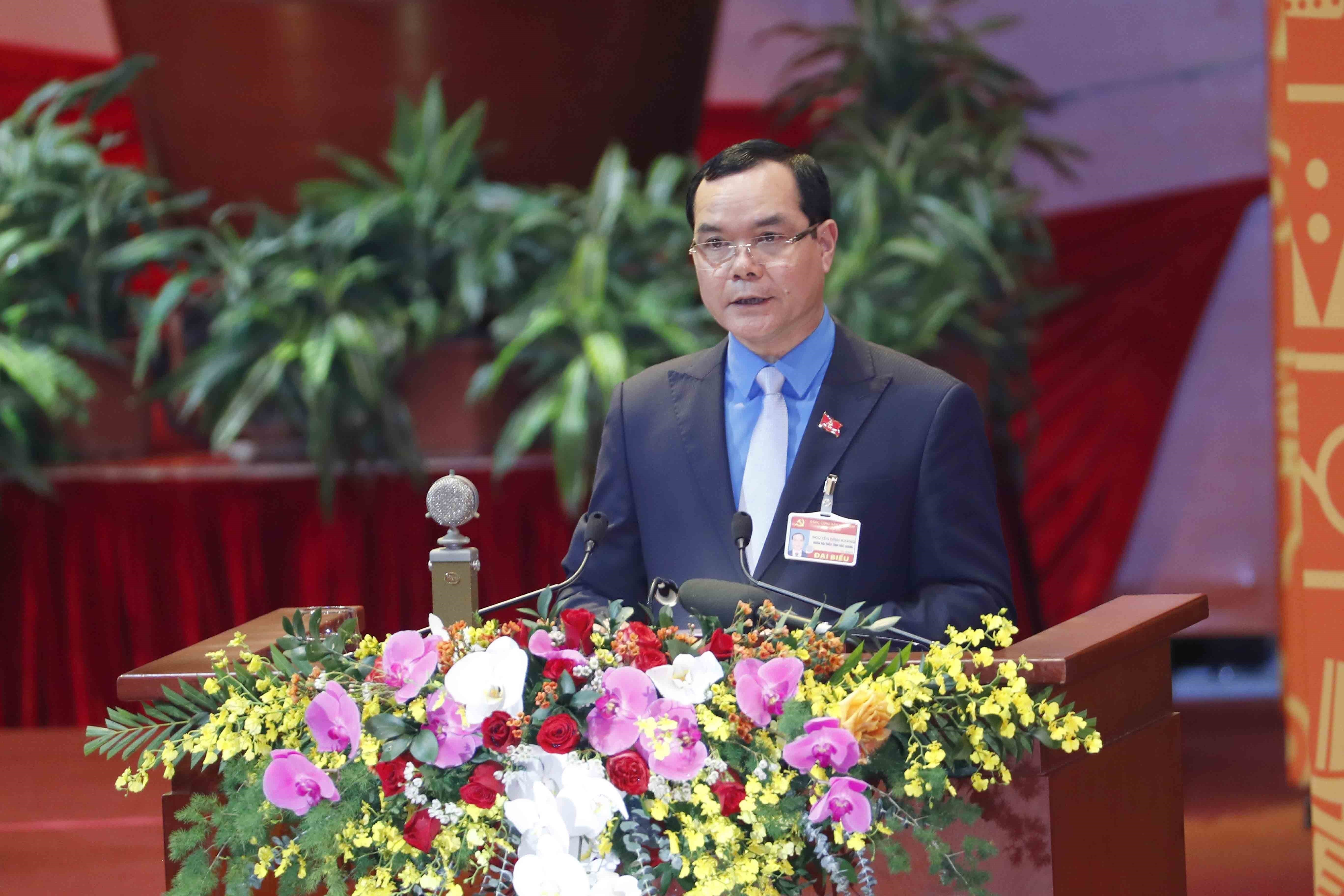 Congress continues discussion on draft documents hinh anh 9