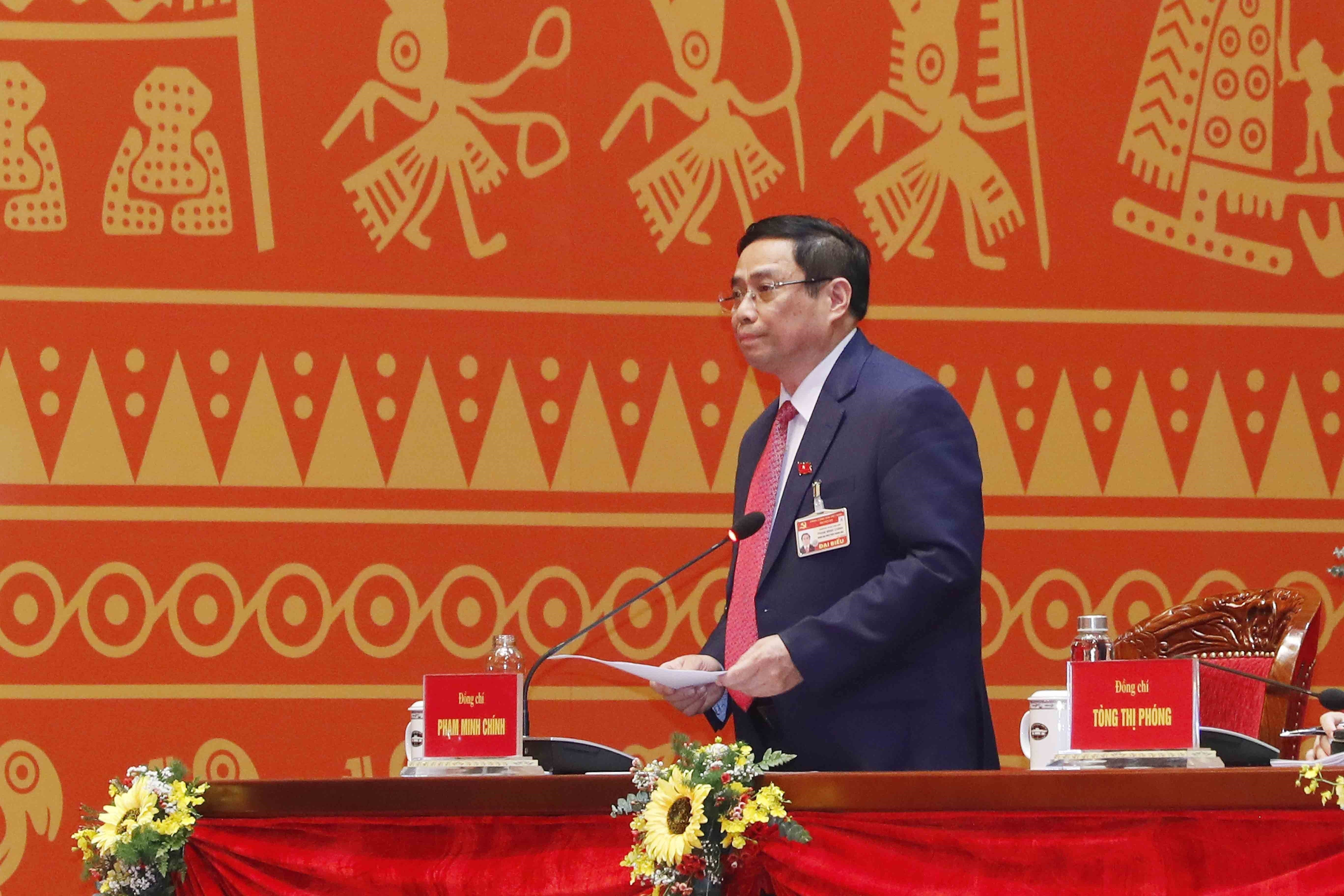 Congress continues discussion on draft documents hinh anh 6