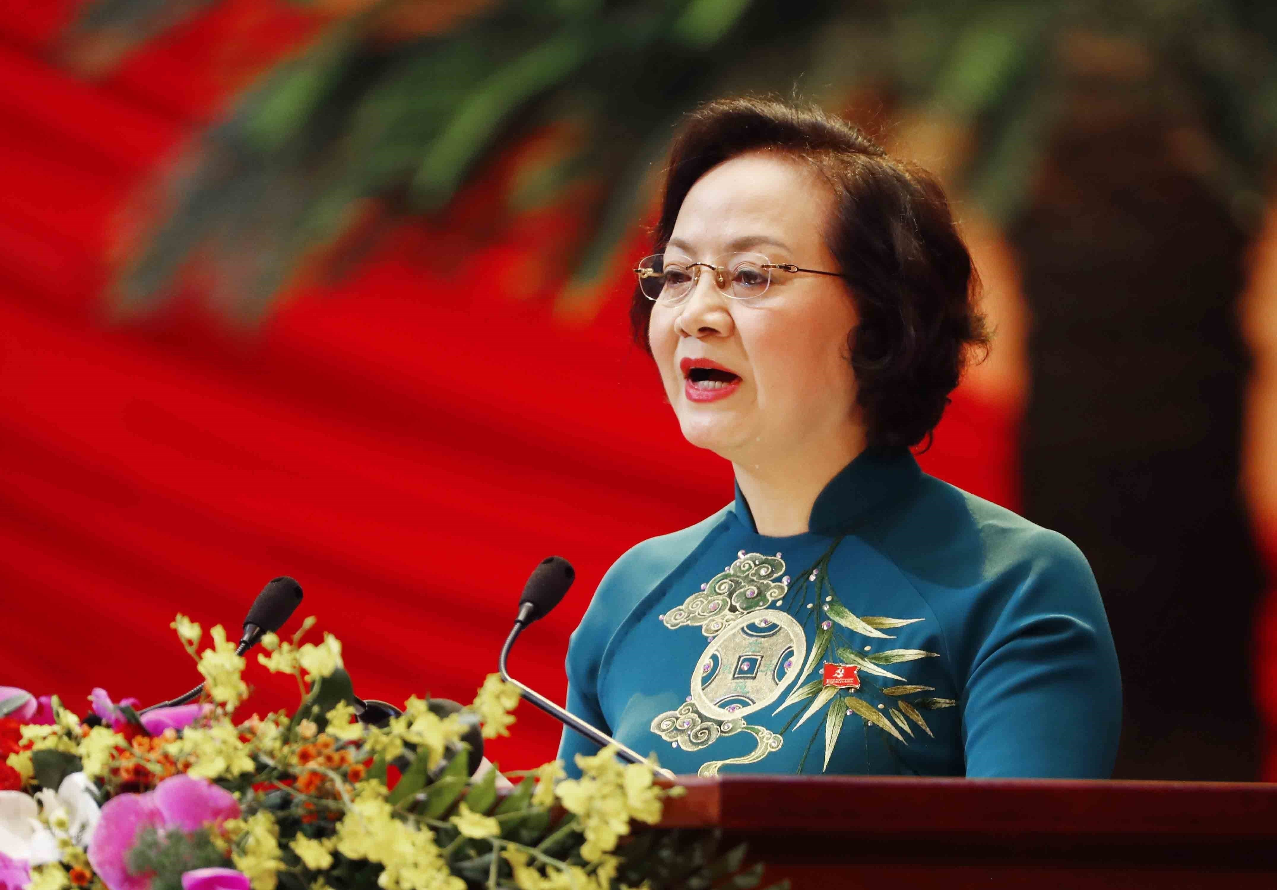 Delegates give more proposals to Party Congress hinh anh 4