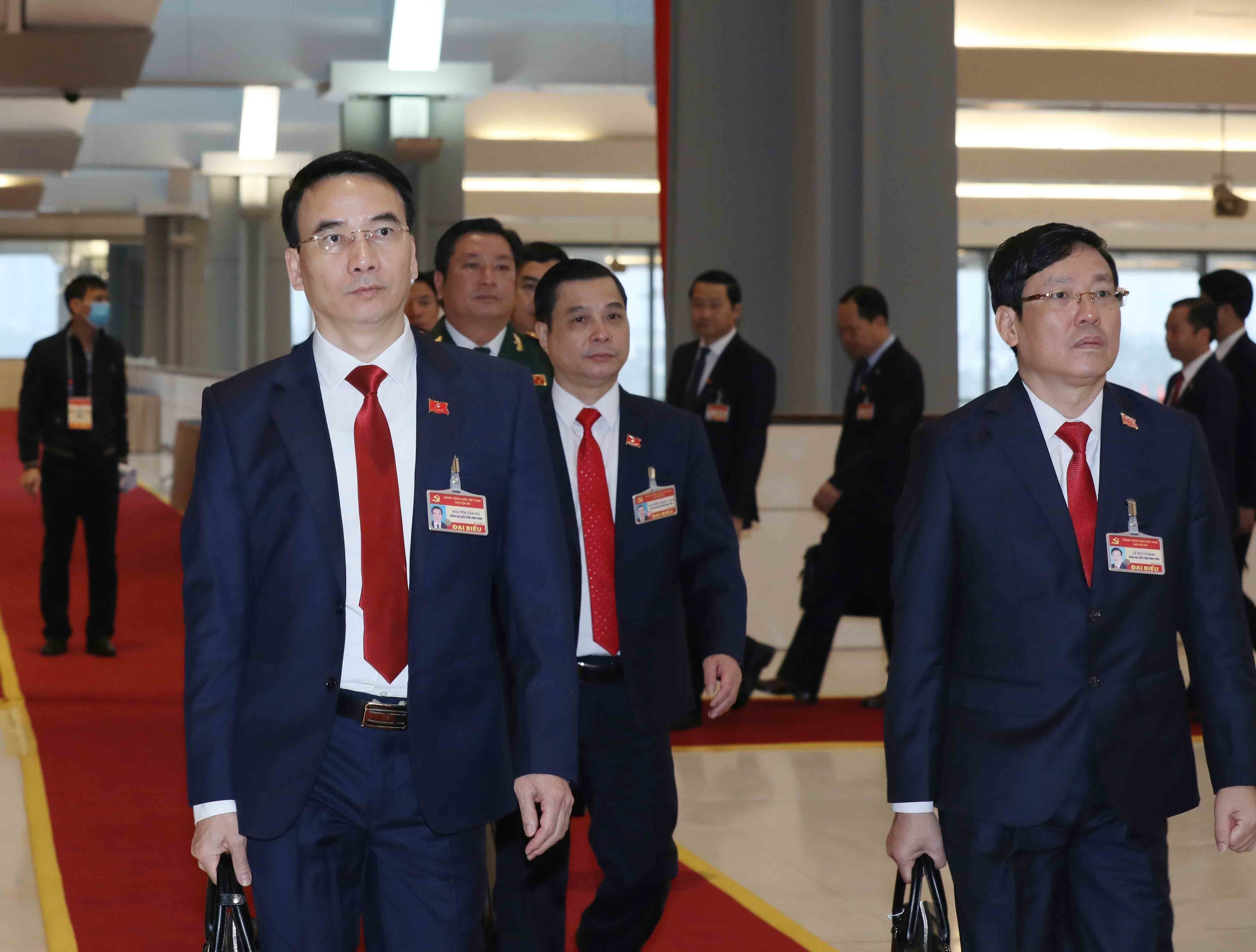 Party Congress delegates enter fifth working day hinh anh 3