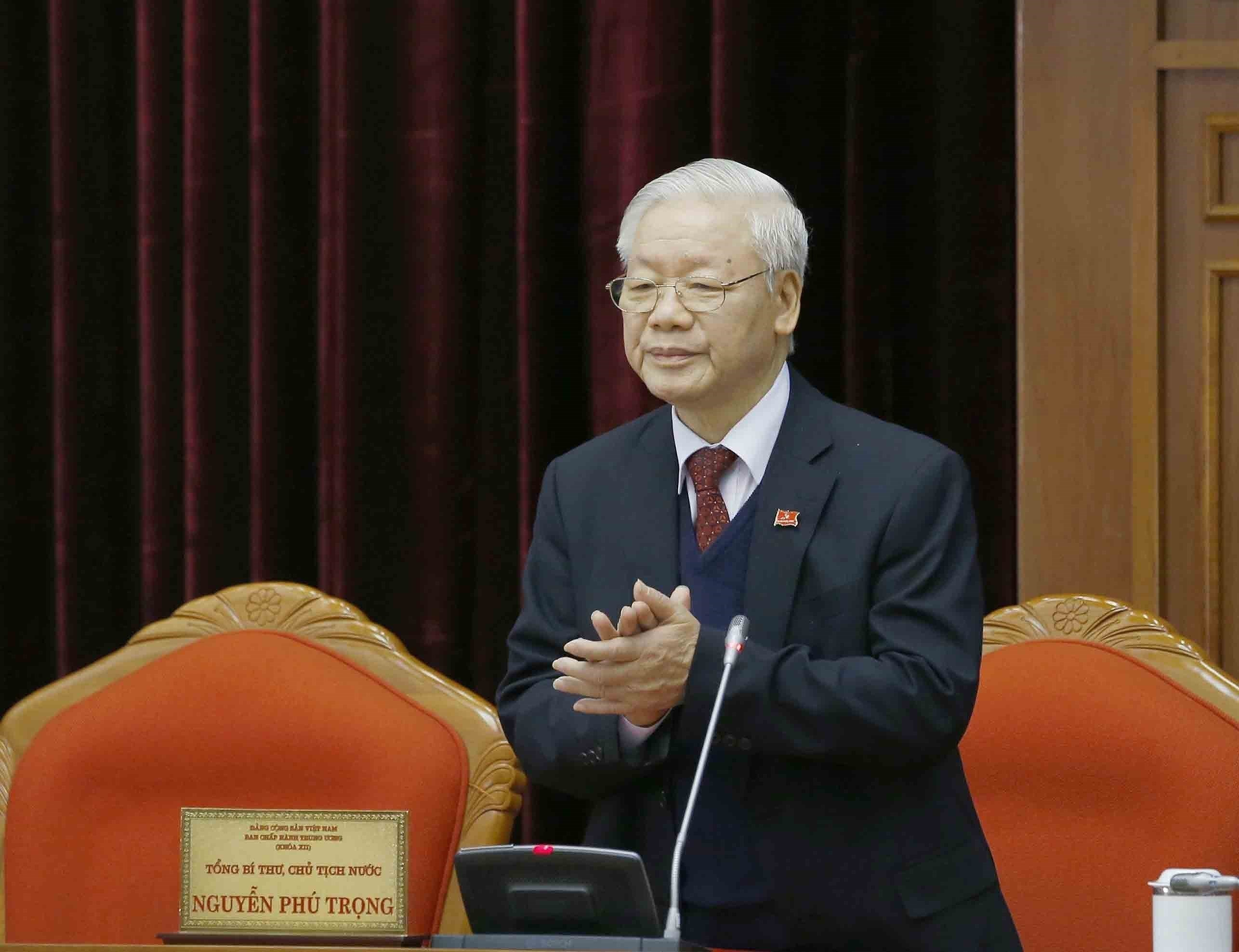 13th Party Central Committee convenes first plenum hinh anh 5
