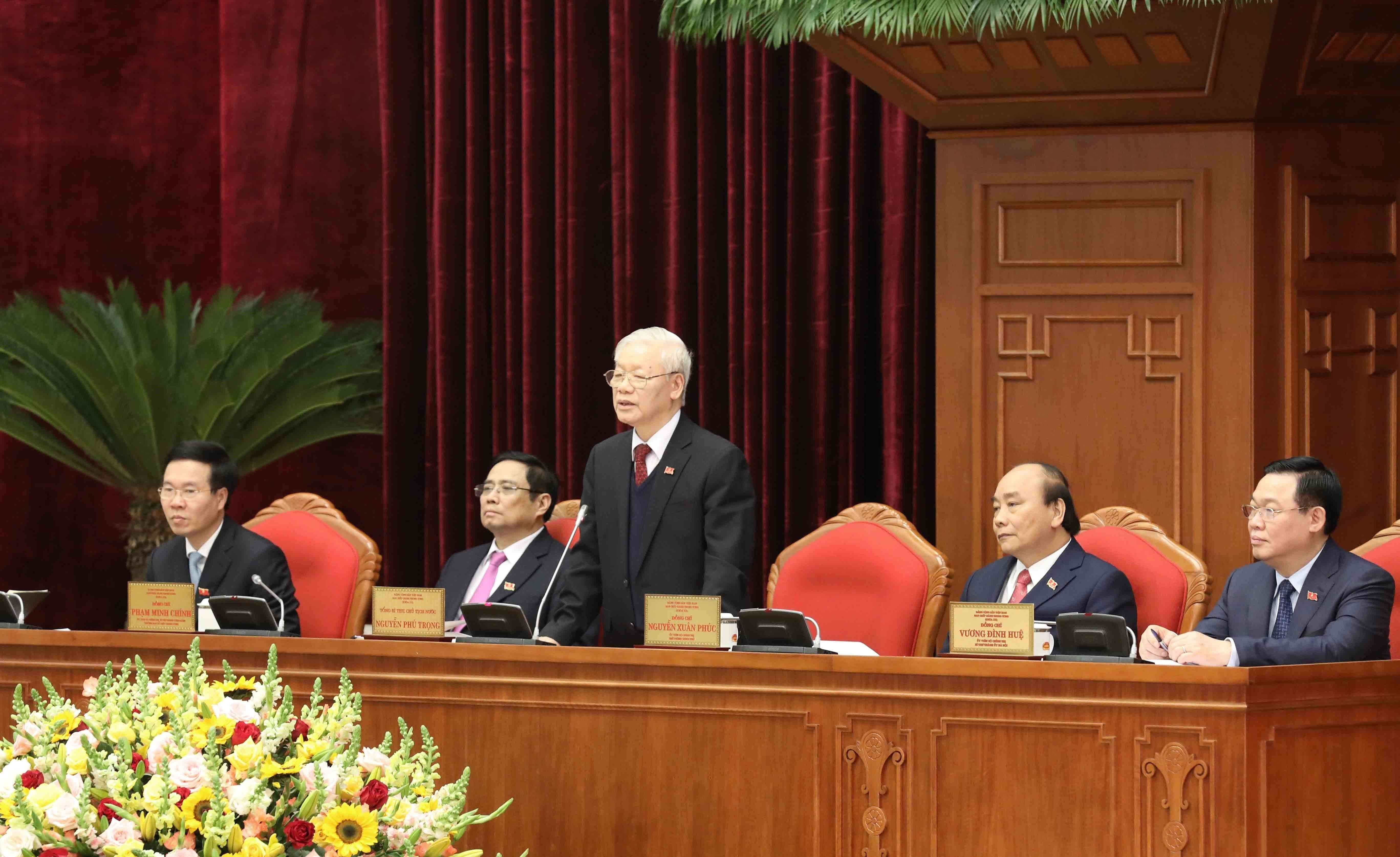13th Party Central Committee convenes first plenum hinh anh 6