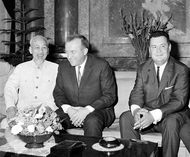 Vietnam, Czech Republic mark 70 years of diplomatic ties hinh anh 2