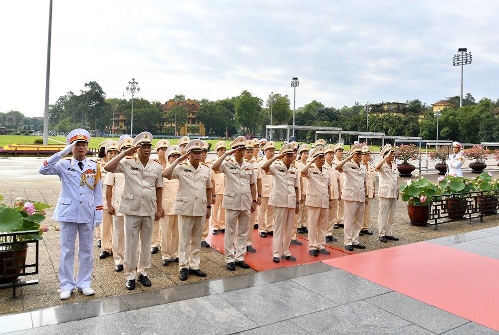 Grand ceremony marks President Ho Chi Minh's birthday hinh anh 7