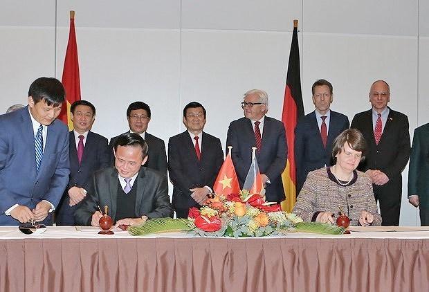 Vietnam, Germany boost strategic partnership hinh anh 7