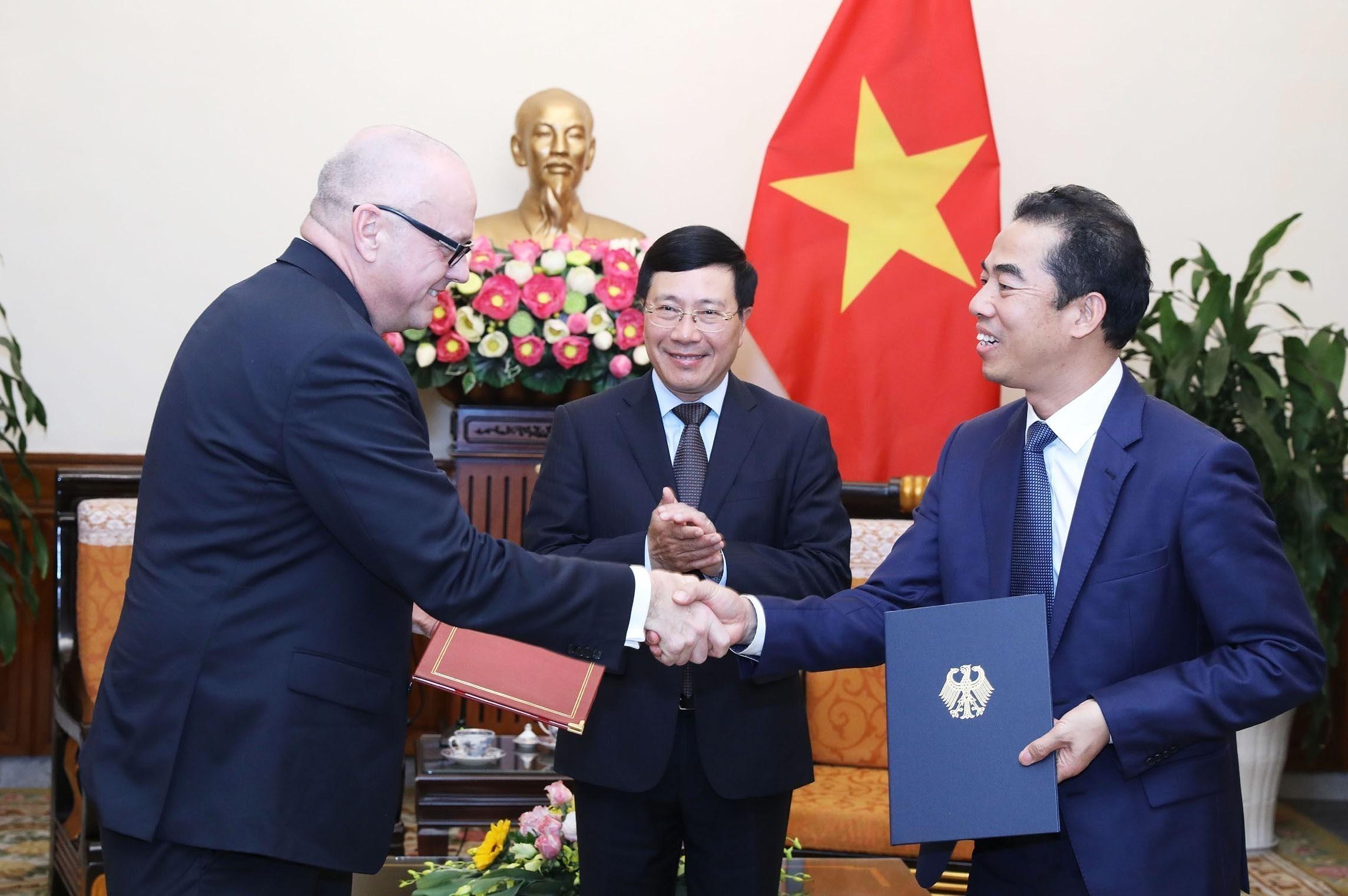Vietnam, Germany boost strategic partnership hinh anh 13
