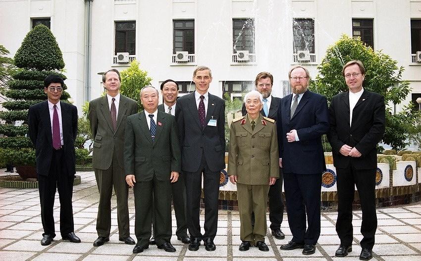 Vietnam, Germany boost strategic partnership hinh anh 1