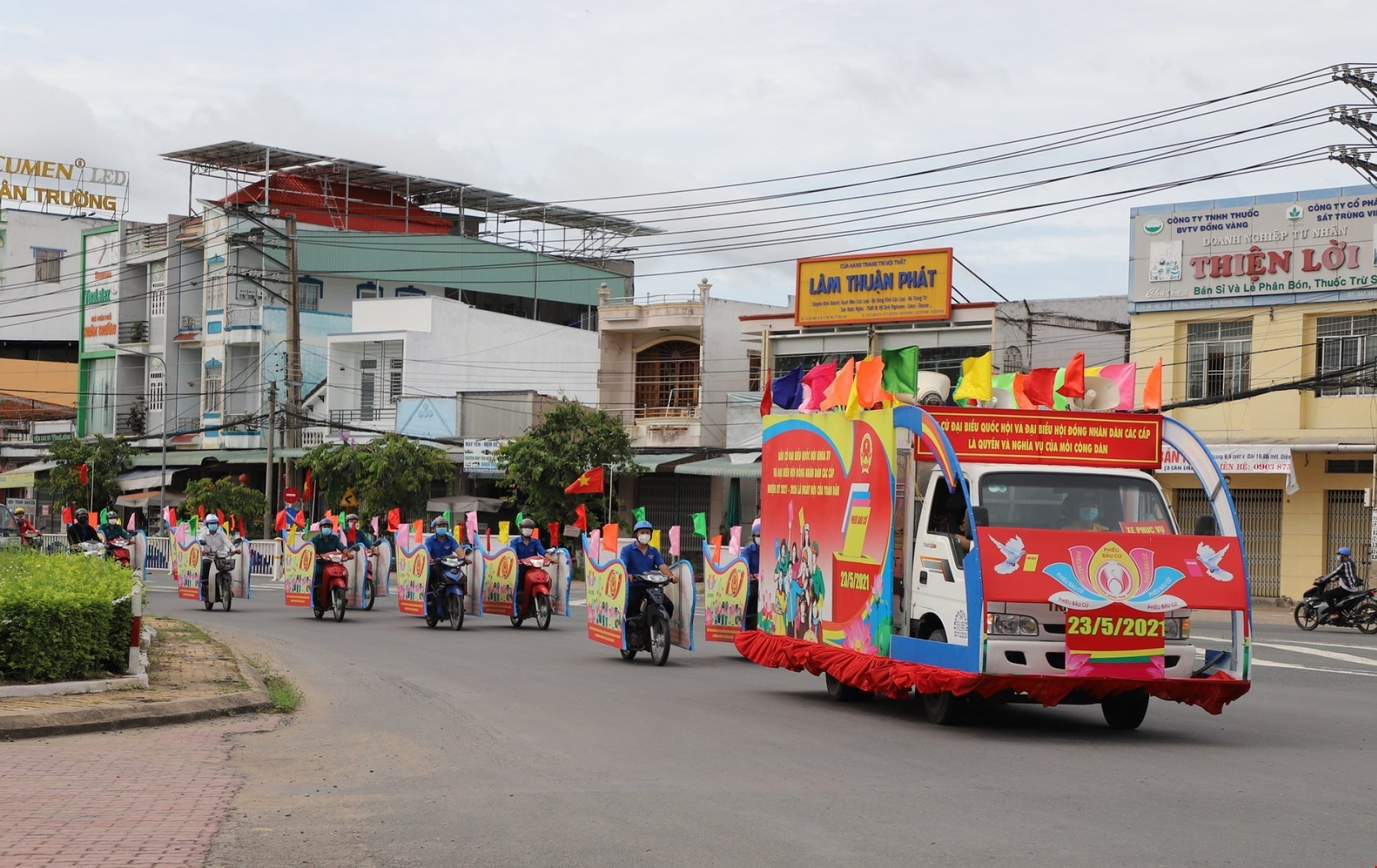 Vietnam ready for election day hinh anh 5