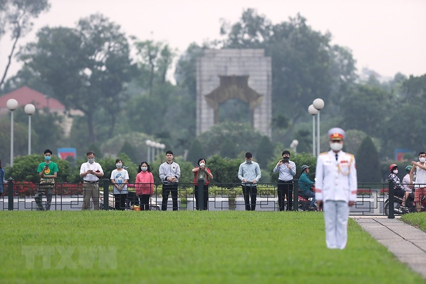 National Reunification Day celebrated across Vietnam hinh anh 1