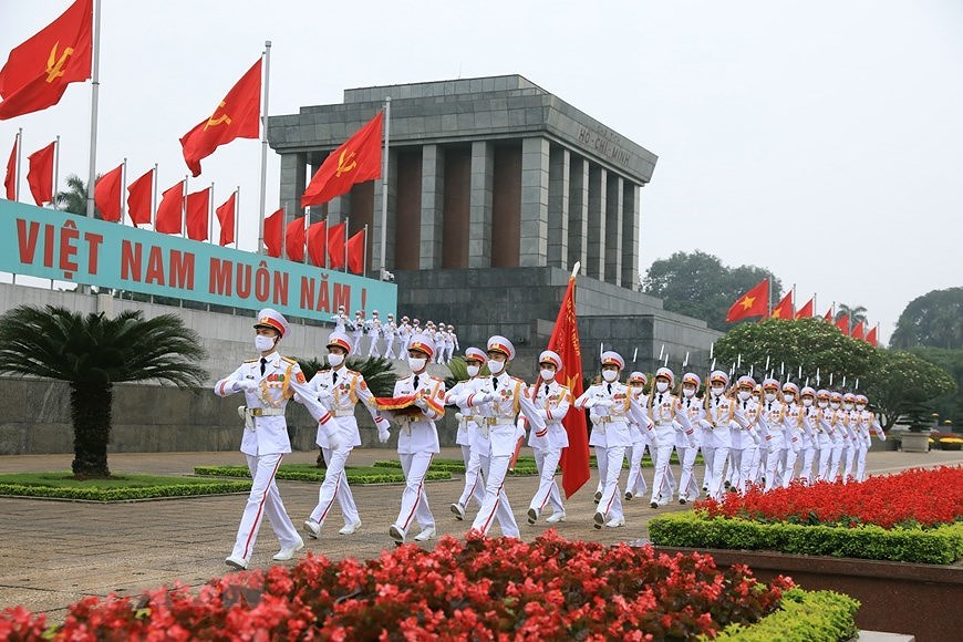 National Reunification Day celebrated across Vietnam hinh anh 7
