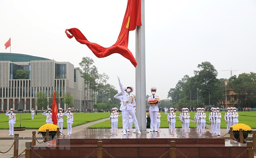 National Reunification Day celebrated across Vietnam hinh anh 10