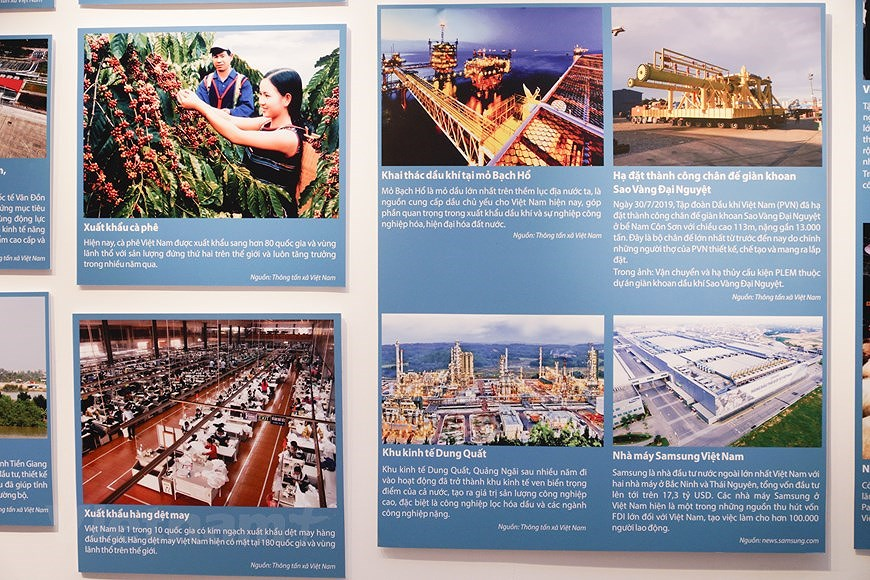 Special exhibition on Vietnam's development path hinh anh 9