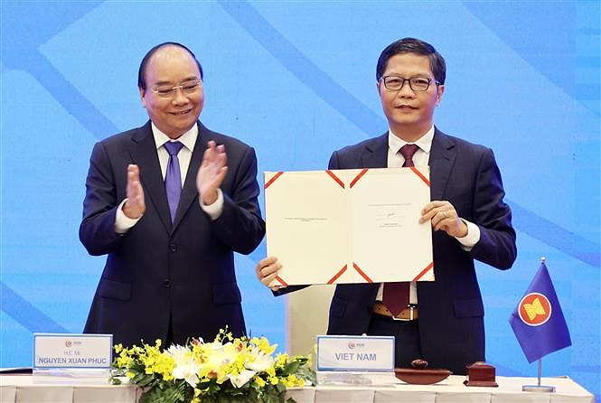 ASEAN 2020: Signing Ceremony for Regional Comprehensive Economic Partnership hinh anh 4