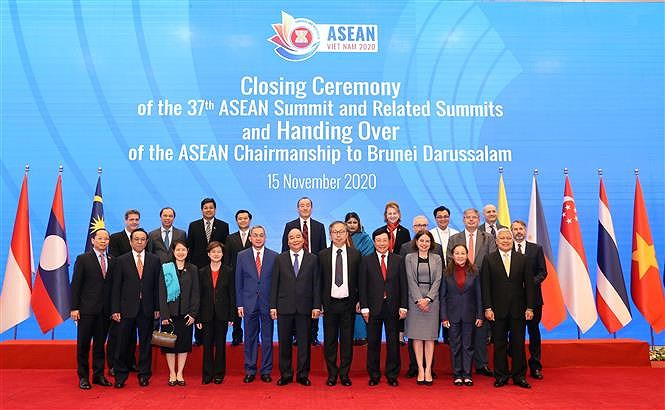 37th ASEAN Summit and Related Summits wrap up hinh anh 8