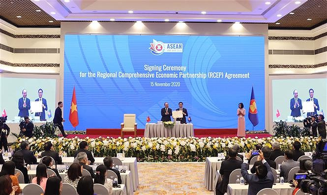 ASEAN 2020: Signing Ceremony for Regional Comprehensive Economic Partnership hinh anh 5