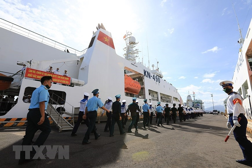 Naval Zone 4 dispatches soldiers to missions in Truong Sa archipelago hinh anh 2