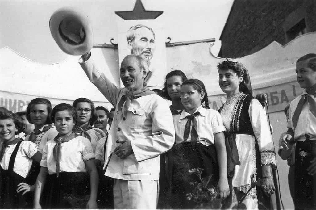 Ho Chi Minh era - most brilliant era in Vietnam's history hinh anh 12