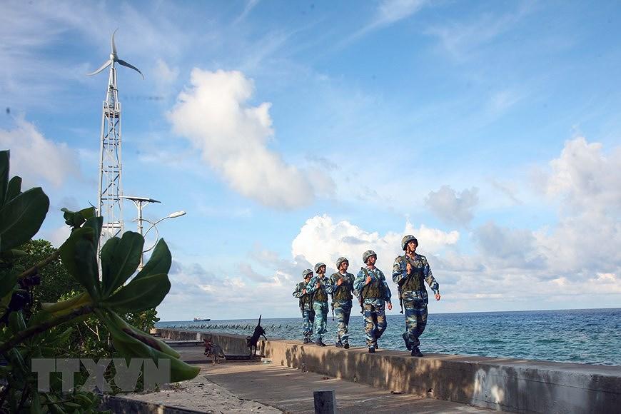 Building elite, modern Vietnam People's Navy hinh anh 8