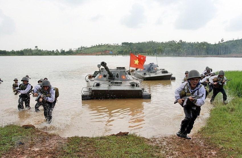Building elite, modern Vietnam People's Navy hinh anh 15