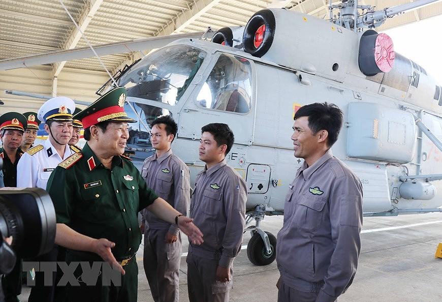 Building elite, modern Vietnam People's Navy hinh anh 6