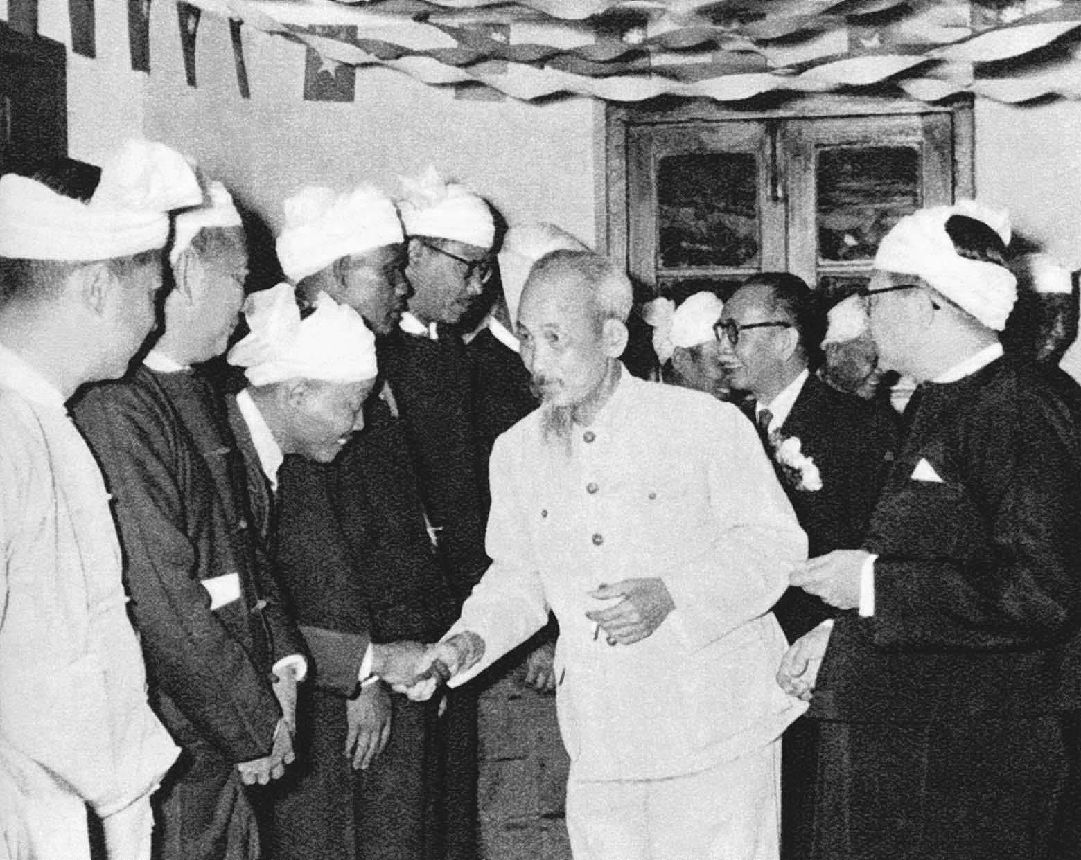 President Ho Chi Minh's thoughts on int'l solidarity hinh anh 10