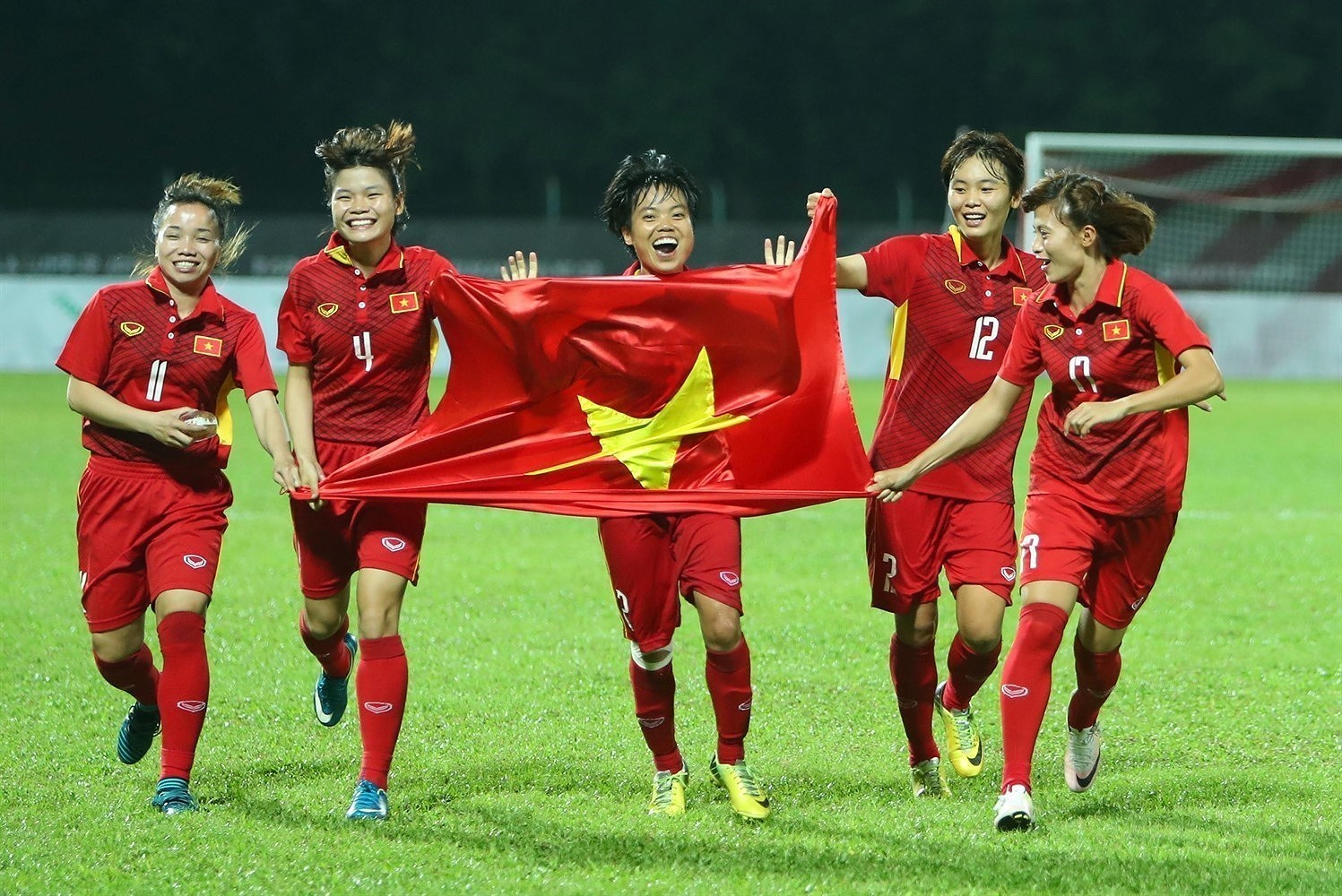 Athletes name Vietnam on world's sports map hinh anh 3