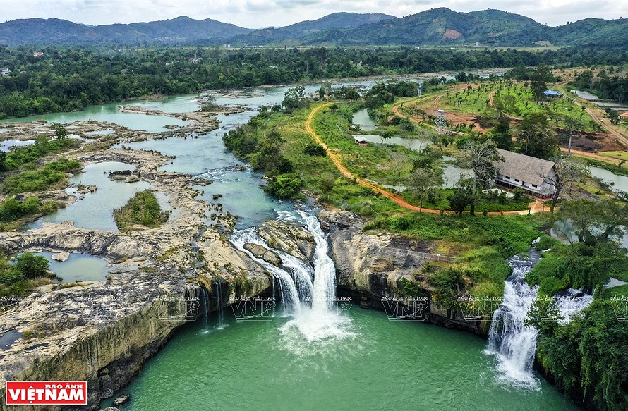 Majestic nature of Dak Nong province hinh anh 7