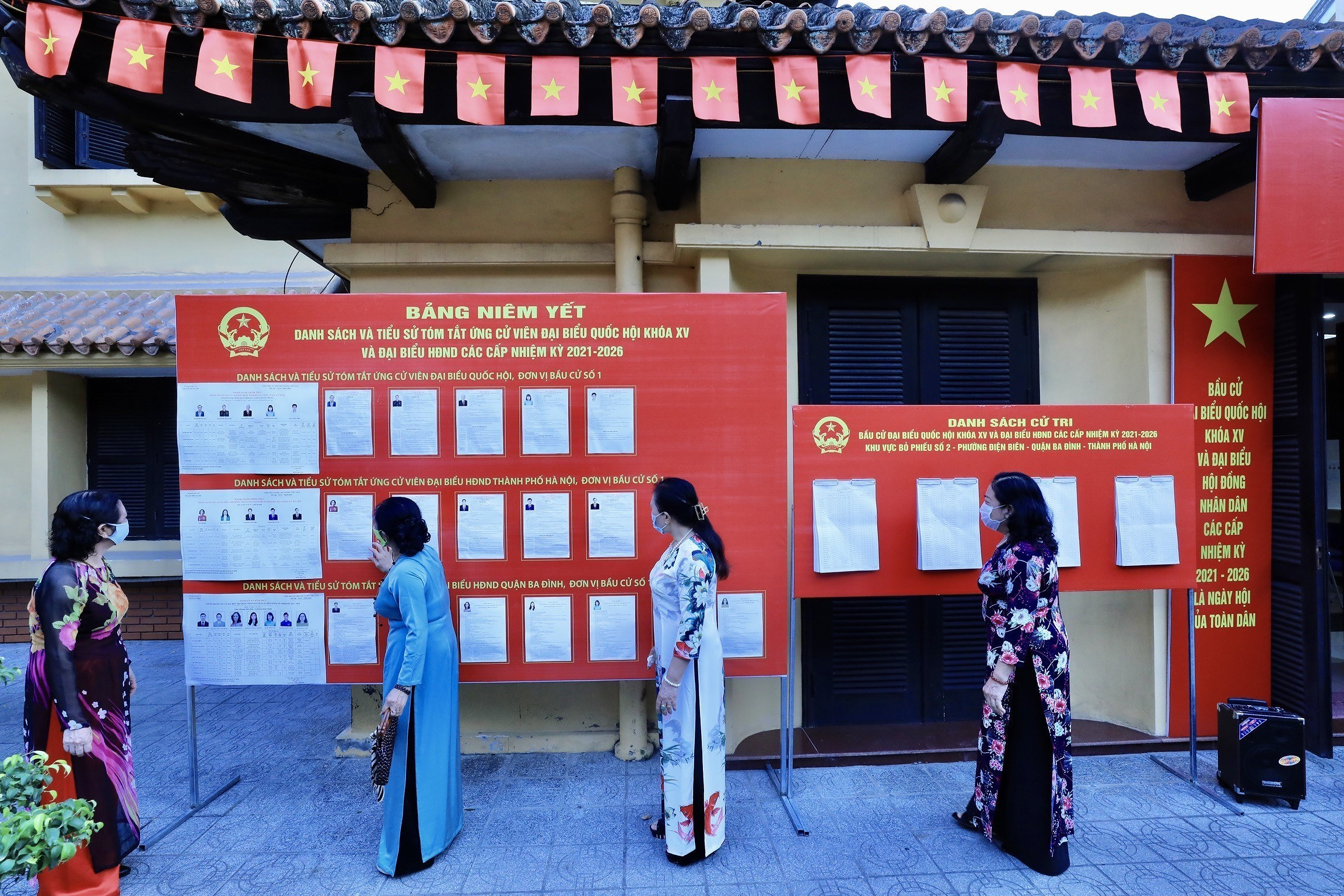Voters nationwide cast ballots hinh anh 11
