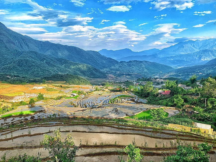 Y Ty rice terraces in pouring-water season hinh anh 6