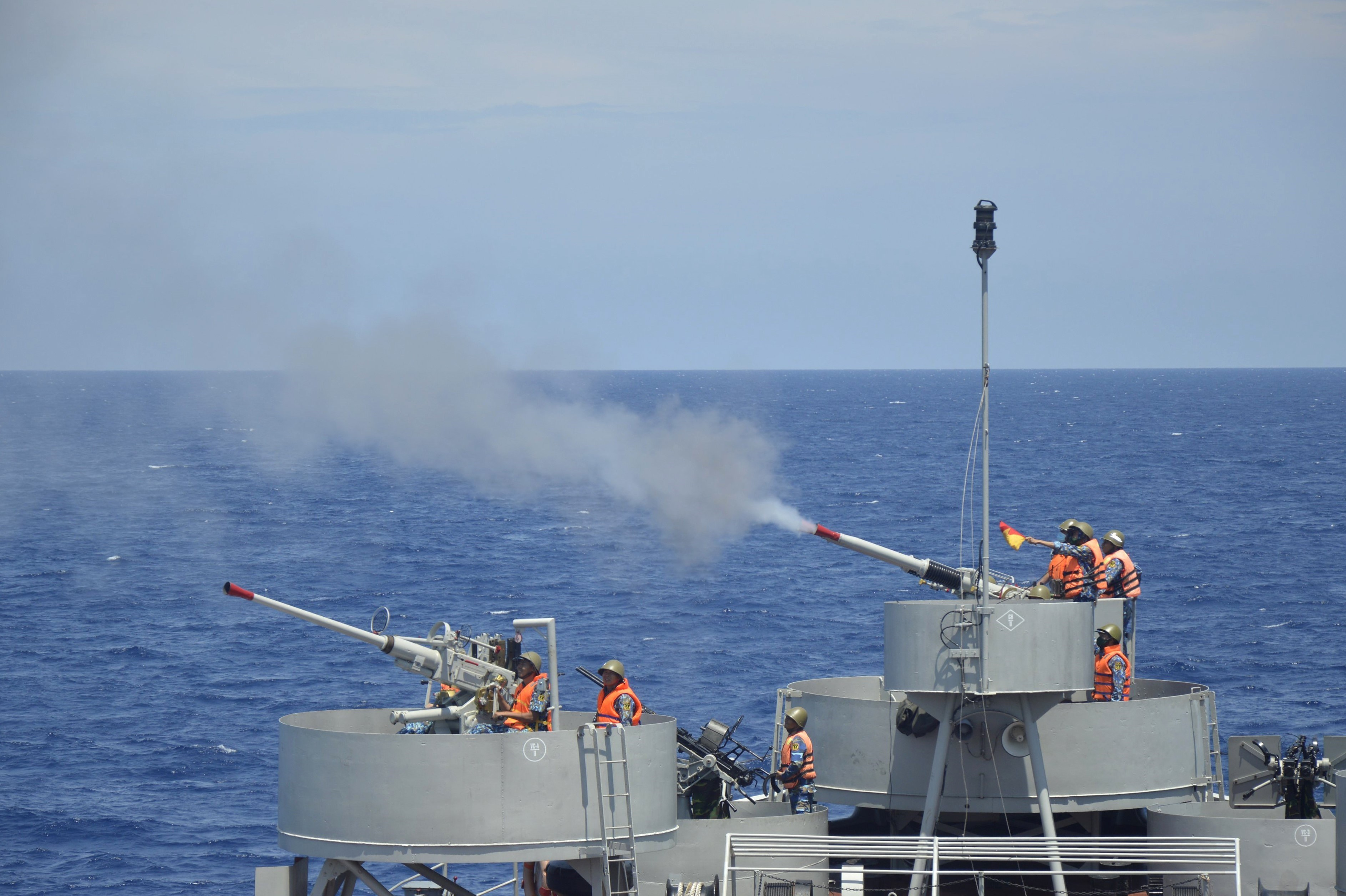 Naval Region 2 Command increases training hinh anh 4