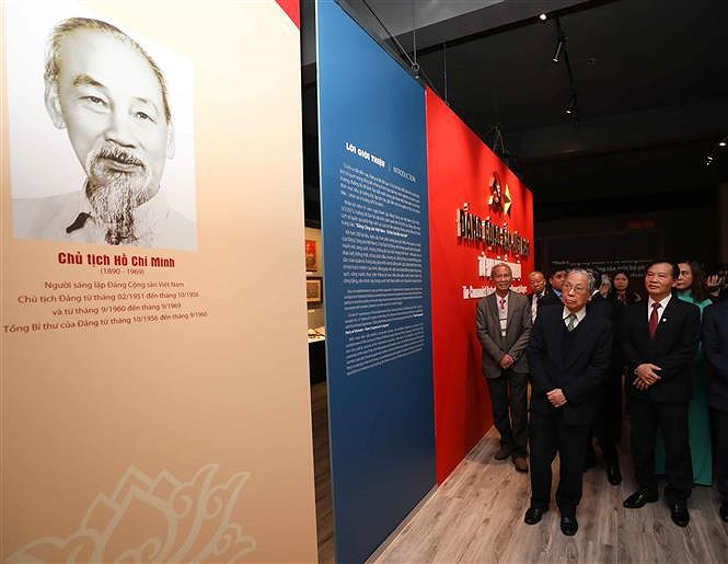 National history museum exhibition marks Party's founding anniversary hinh anh 1