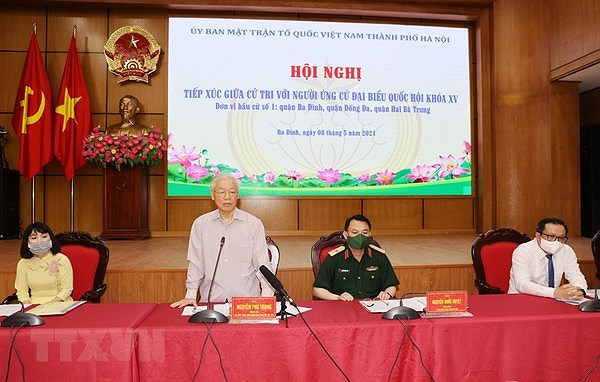 Party General Secretary Nguyen Phu Trong meets voters in Hanoi hinh anh 1