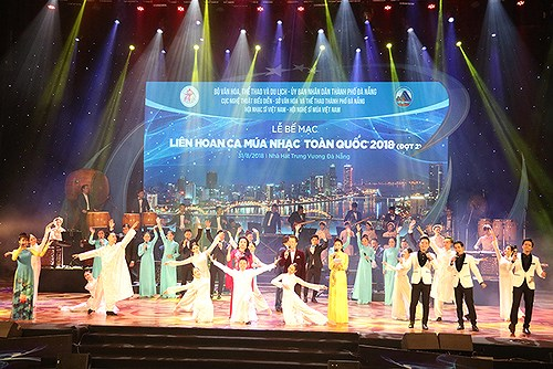 Songwriting contest launched to promote images of Vietnam hinh anh 1