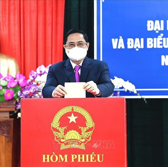 Prime Minister Pham Minh Chinh casts ballots in Can Tho hinh anh 1