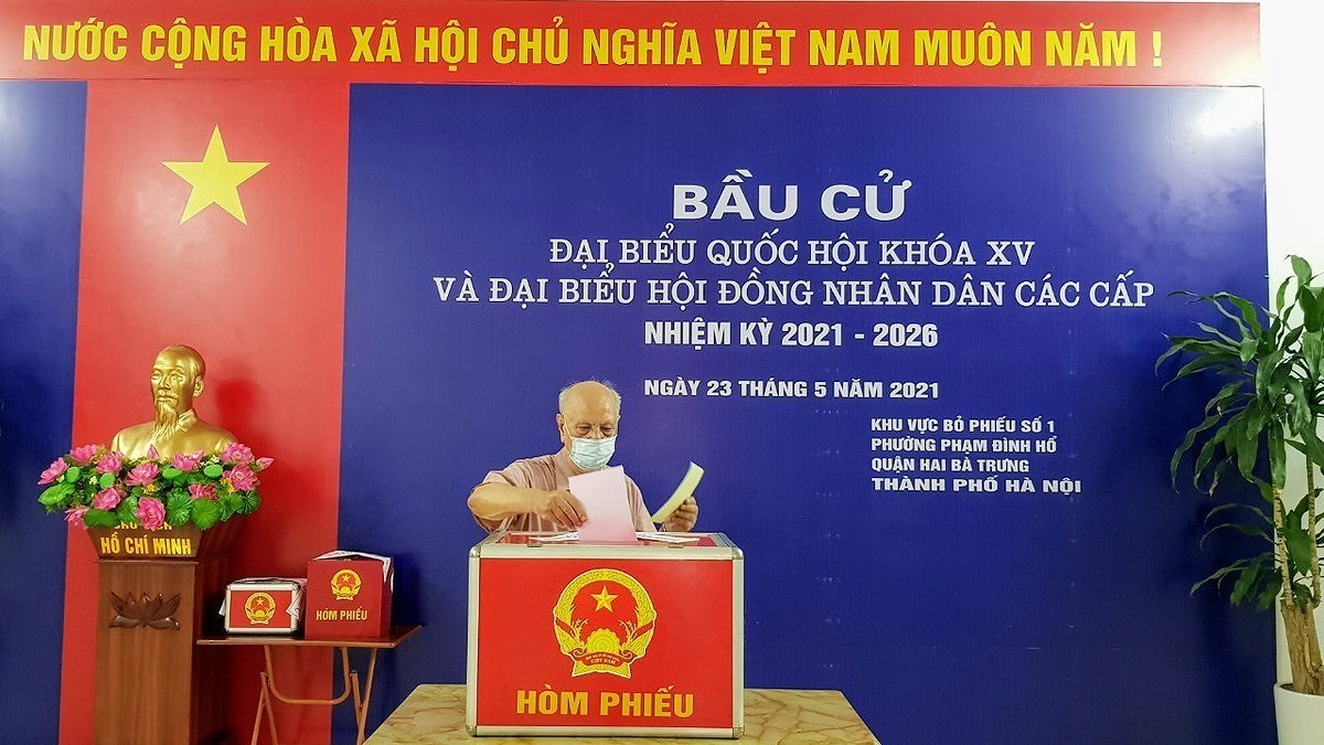 NEC's Personnel Sub-Committee holds third meeting hinh anh 2