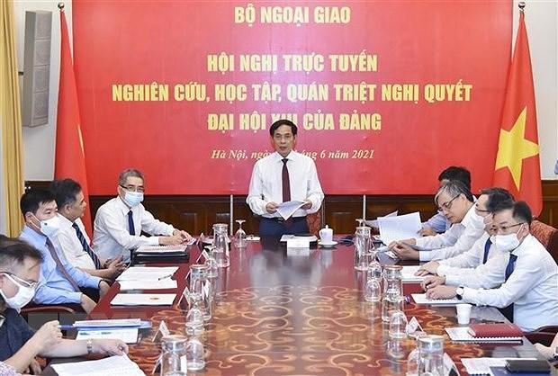 Vietnamese representative agencies abroad study Party Resolution hinh anh 1