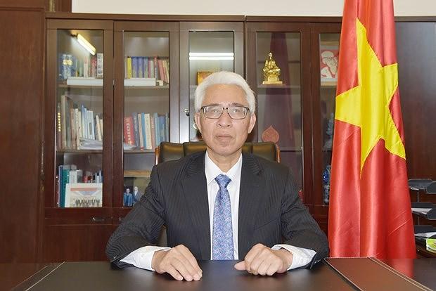 Vietnam, China sustain development trend in bilateral ties despite pandemic hinh anh 1