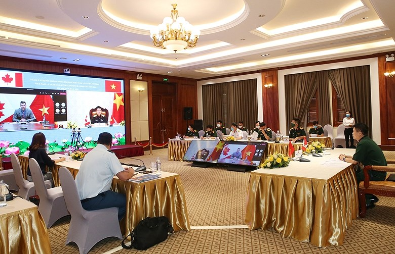 Vietnam, Canada hold bilateral defence consultation hinh anh 1