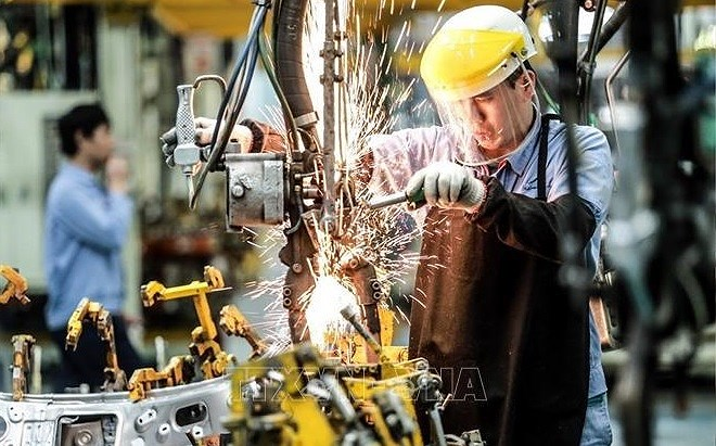 Vietnam's strengths in foreign investment attraction: VietnamBriefing hinh anh 2
