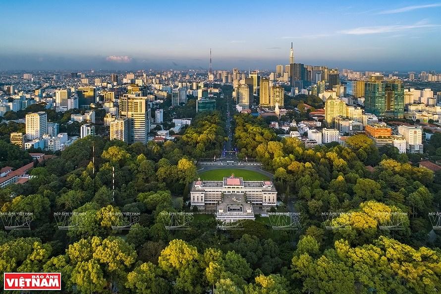 Ho Chi Minh City, a modern metropolis hinh anh 5