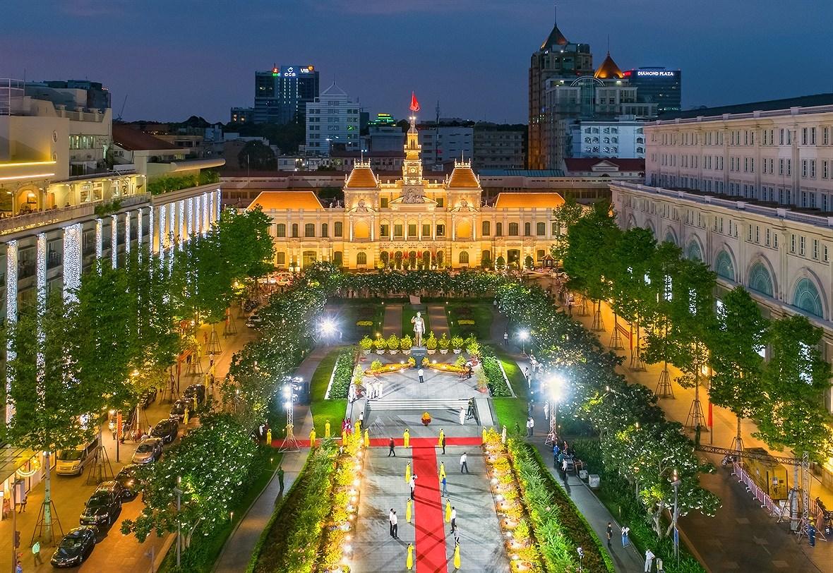Ho Chi Minh City, a modern metropolis hinh anh 9