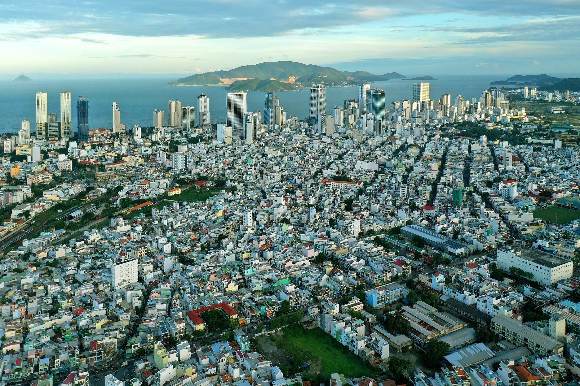 Nha Trang - beautiful coastal city hinh anh 2