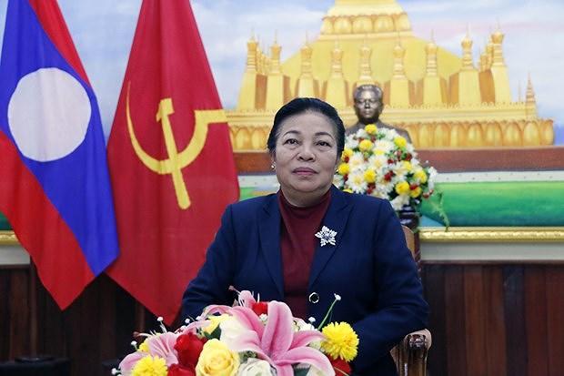 Laos : le succes du Vietnam est du a la direction du Parti hinh anh 1