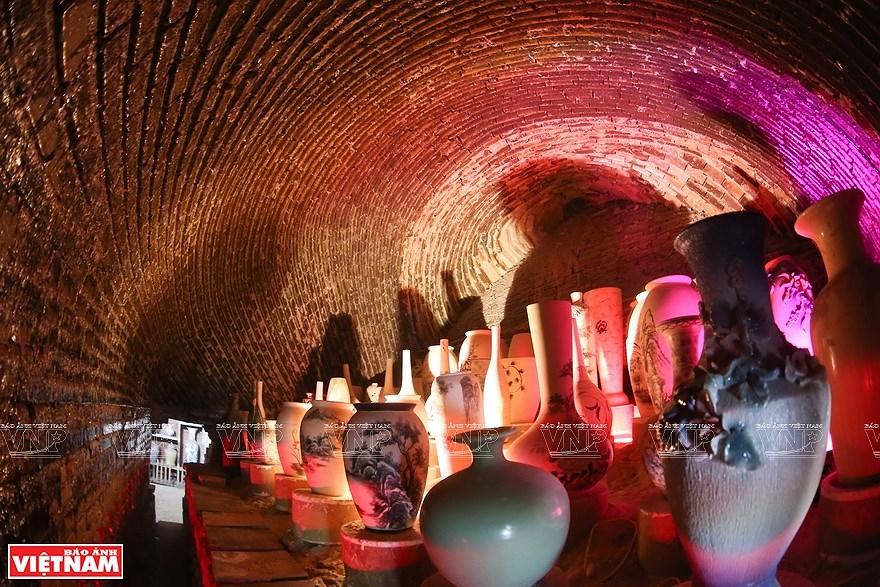 Le village de la ceramique de Bat Trang hinh anh 8
