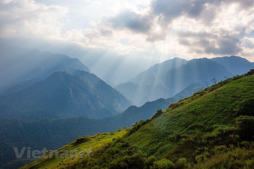 """Море облаков на """"крыше"""" Вьетнама hinh anh 5"""