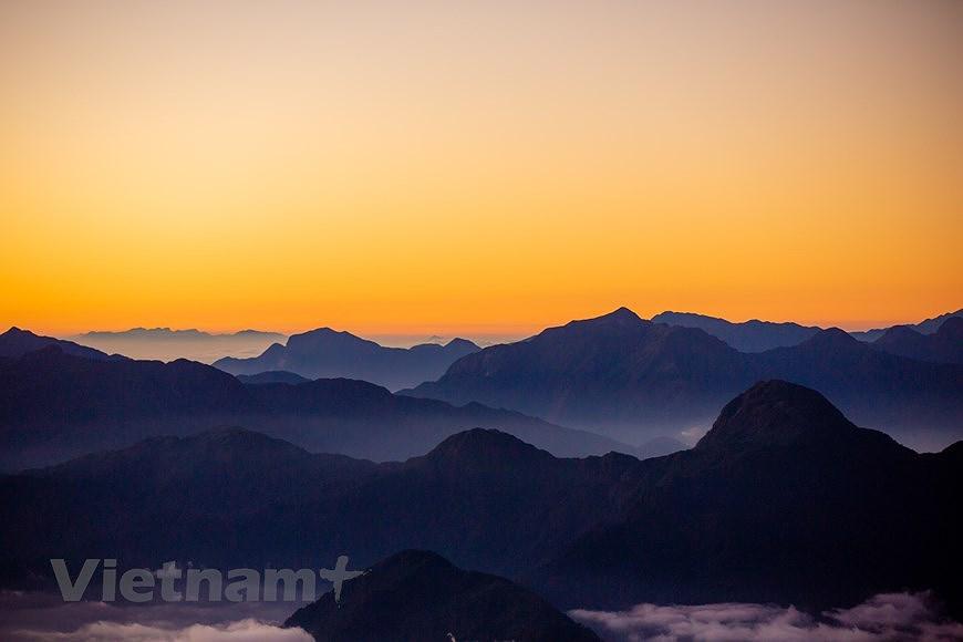 """Море облаков на """"крыше"""" Вьетнама hinh anh 7"""