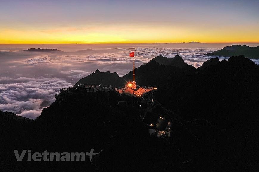 """Море облаков на """"крыше"""" Вьетнама hinh anh 3"""
